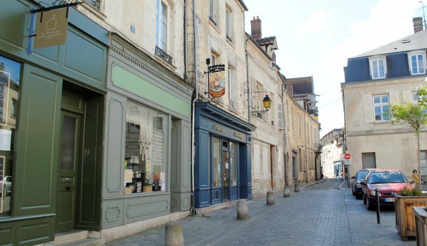 Turystyczny savoir vivre we Francji.